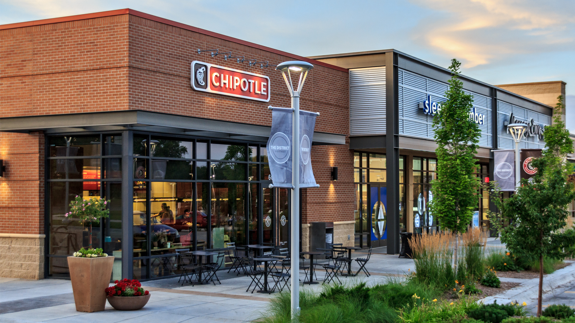 <p>O Street has always been the commercial center of Lincoln. That continues with 11,600 square feet of retail space, including Chipotle, Select Comfort, Massage Envy and Jos A. Bank.</p>