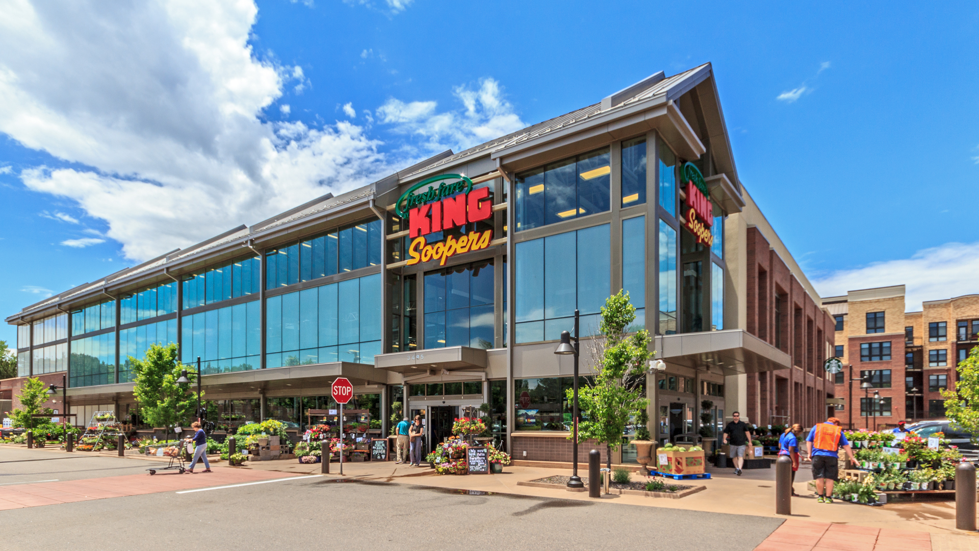 <p>Anchored by King Sooper's first Fresh Fare grocery, the 50,000 square feet of high-end shopping and independent restaurants have been all 100% leased from opening.</p>