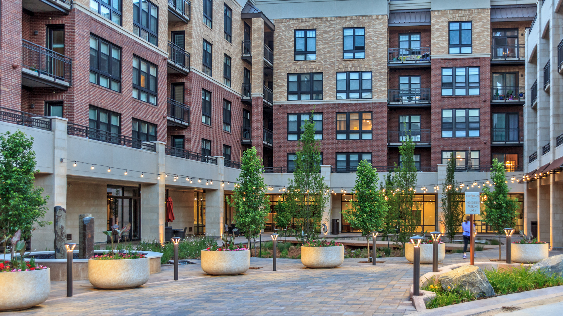 <p>The Residences at Kent Place offers village-style living with 300 luxury apartments and a wide choice of dining and shopping options on a 11.5-acre site.</p>