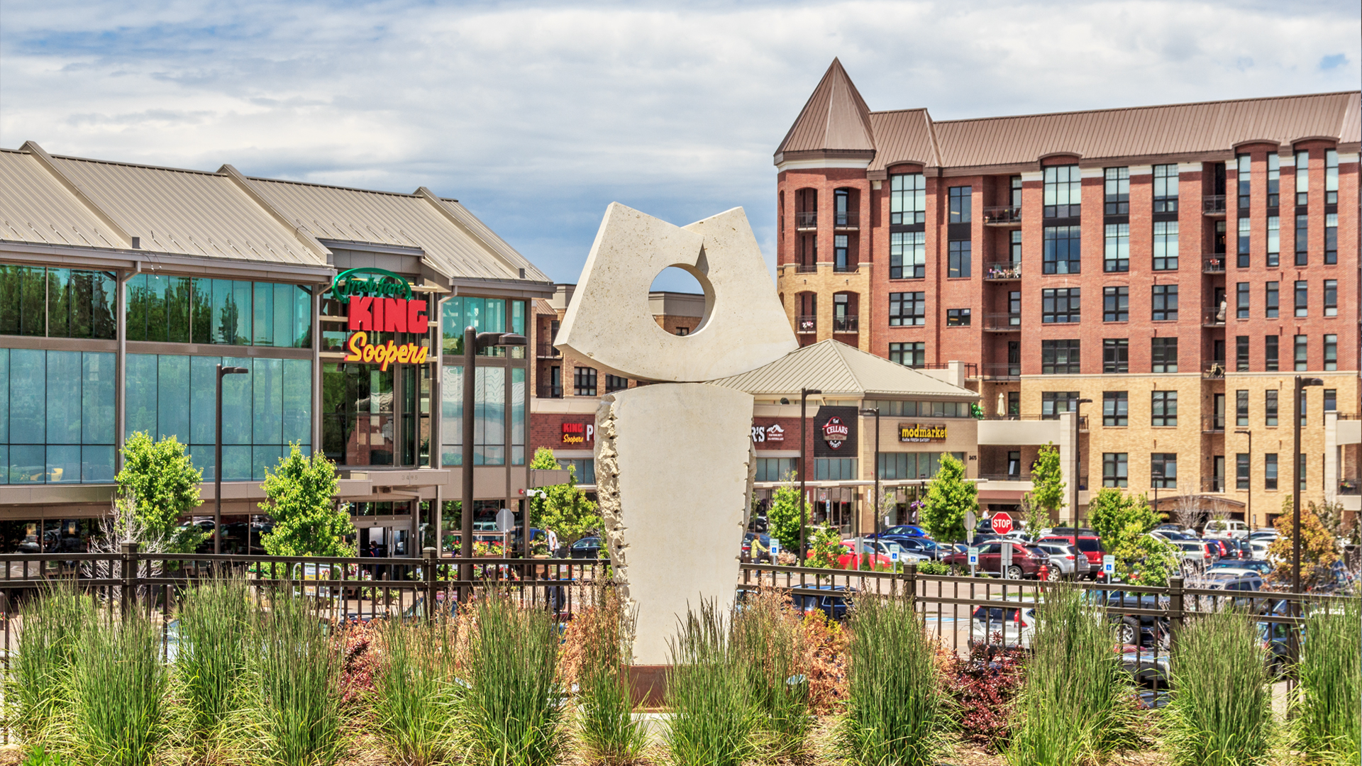 <p>This new mixed-use neighborhood in the heart of one of Denver's most sought-after residential areas is another example of Continuum's capacity to elegantly blend new development into existing neighborhoods with an established identity.</p>